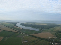 вид на Каневское водохранилище и Днепр с корзины воздушного шара