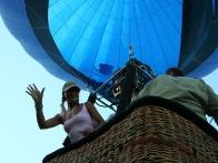 Полет на воздушном шаре - это самый тихий, безопасный и красочный способ покорить небо.