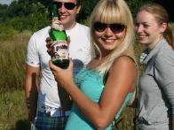 Шампанское по утрам пьют только аристократы-воздухоплаватели! )))